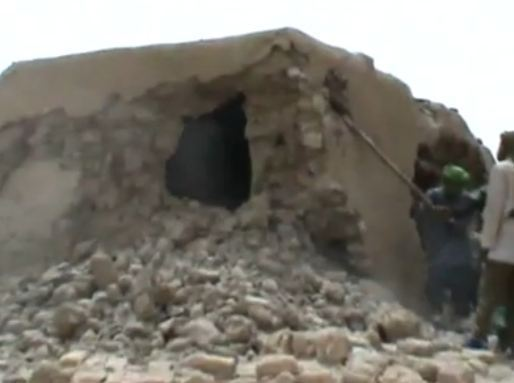 Des journalistes condamnent la destruction de sites religieux de Tombouctou