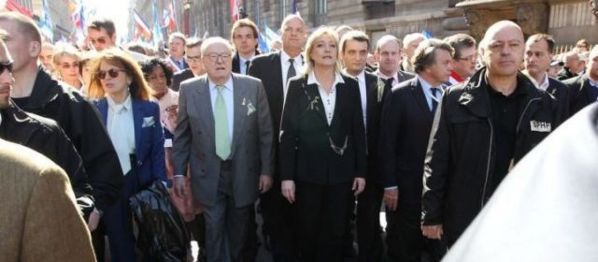 Quand Jean-Marie Le Pen qualifie sa fille de «petite bourgeoise»