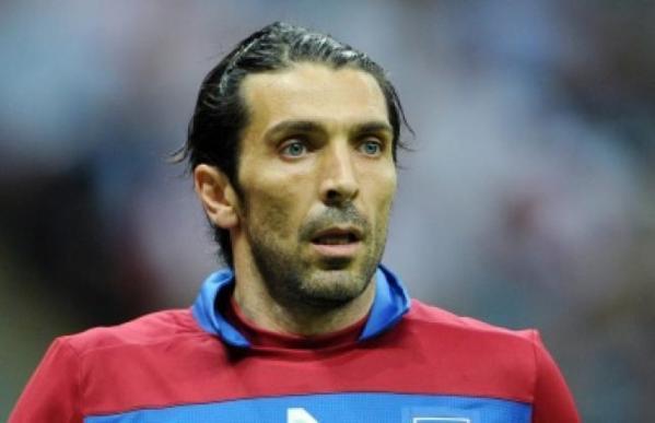 Buffon rachète un club