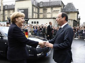 Le couple franco-allemand fête ses 50 ans dans une Europe en crise