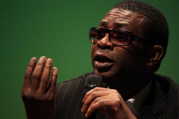 """Lettre ouverte à M. Youssou Ndour: """"le vampire est toujours parmi nous"""""""