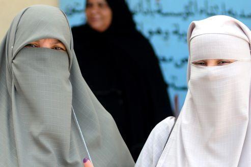 Une chaîne de télévision 100% niqab en Égypte