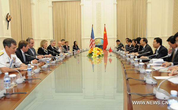 Les relations entre la Chine et les Etats-Unis continuent de progresser (ministre chinois des A.E.)