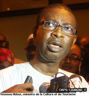 Le Fonds d'aide aux artistes doit bénéficier aux acteurs de toutes les régions (Youssou Ndour)
