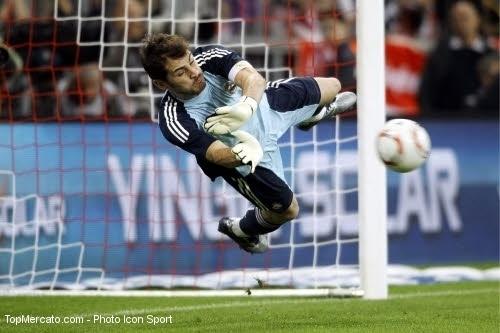 Espagne : Casillas pense au ballon d'or