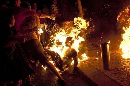 Un manifestant tente de s'immoler à Tel-Aviv