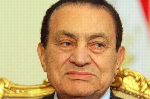 Hosni Moubarak retourne en prison