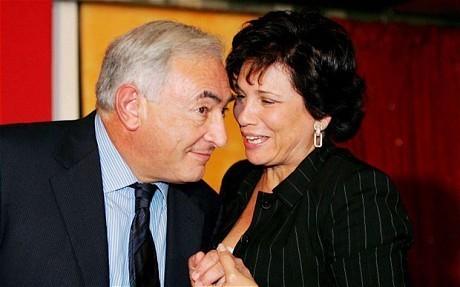 Anne Sinclair, son soutien à DSK une époque révolue