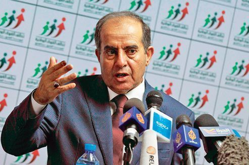 Mahmoud Jibril s'impose à un pays qui veut oublier Kadhafi
