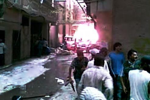 El-Assad toujours à Damas, les combats se poursuivent