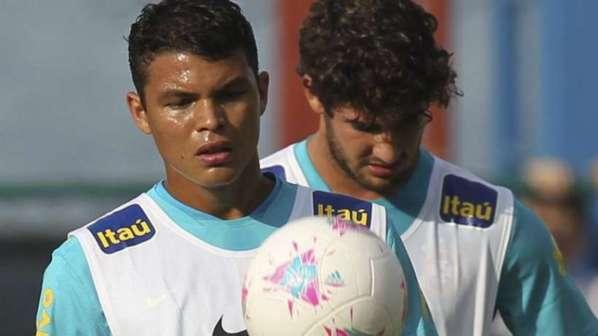Thiago Silva brise le silence et parle enfin de son transfert au PSG