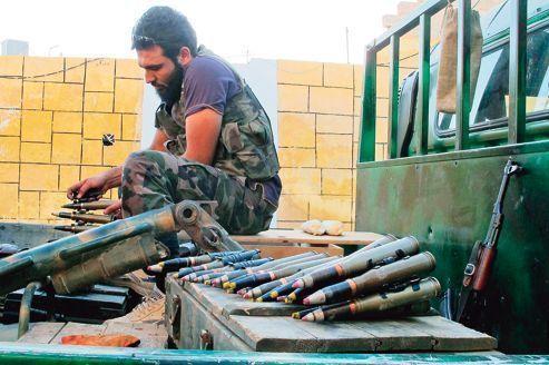 Syrie: les rebelles lancent des raids jusqu'au cœur des villes