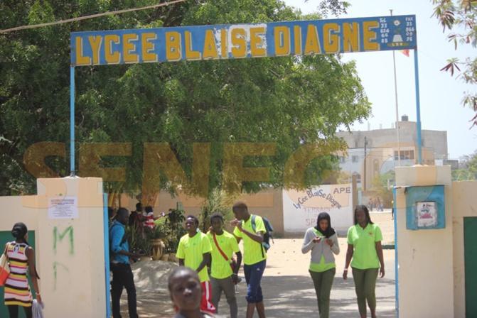 Education : les élèves en classes d'examen reprennent les cours le 2 juin