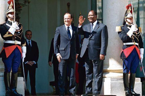 La crise au Mali mobilise Paris et Abidjan