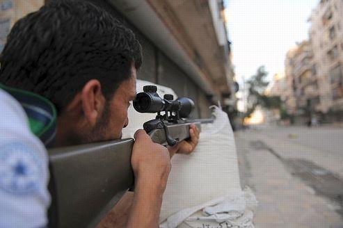 Alep mitraillée avant l'assaut des forces de Bachar el-Assad