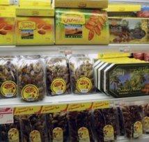 Marché Petersen : Deux commerçants de dattes périmées arrêtés