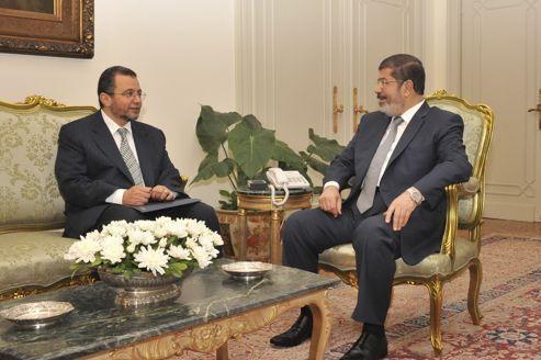 Suspicions sur le premier ministre égyptien