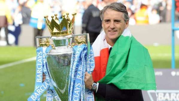 Man City : Roberto Mancini réclame 5 recrues !
