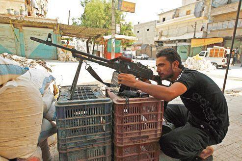 Syrie : les insurgés d'Alep sous le feu de l'armée du régime