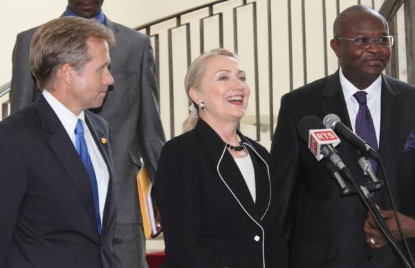 Hillary Clinton évoque une large gamme de sujets avec Macky Sall