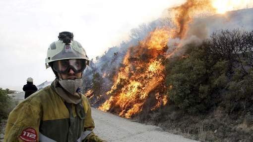 Un nouvel incendie de forêt fait rage en Espagne