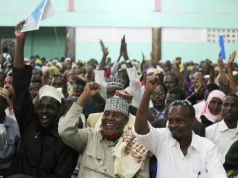 En Somalie, l'Assemblée constituante adopte la Constitution
