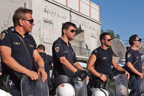 La crise contraint Athènes à réorganiser sa police