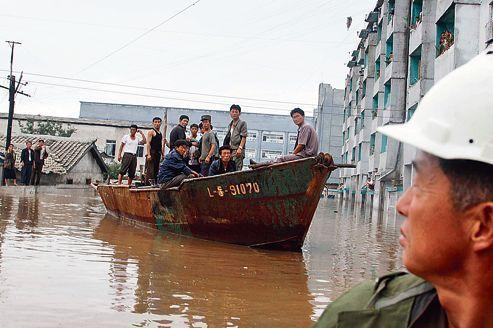 Kim Jong-un affronte sa première crise humanitaire