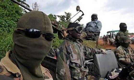 Côte d'Ivoire: au moins 6 morts dans l`attaque du camp militaire d'Akouédo à Abidjan
