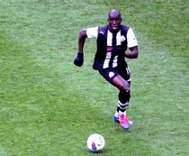 Newcastle : Demba Ba victime de chants racistes