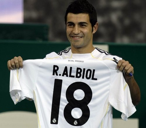 Officiel : le Real Madrid blinde Raul Albiol