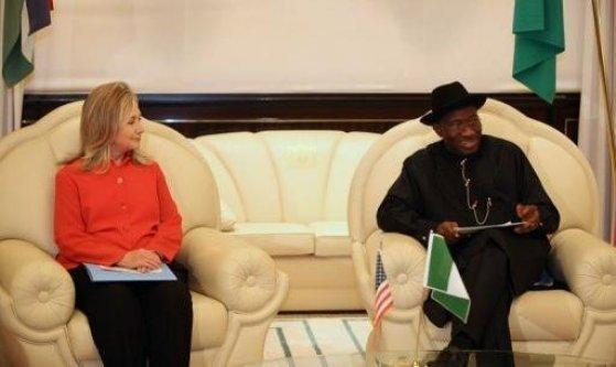 Hillary Clinton presse le Psésident Jonathan d'accélérer les réformes