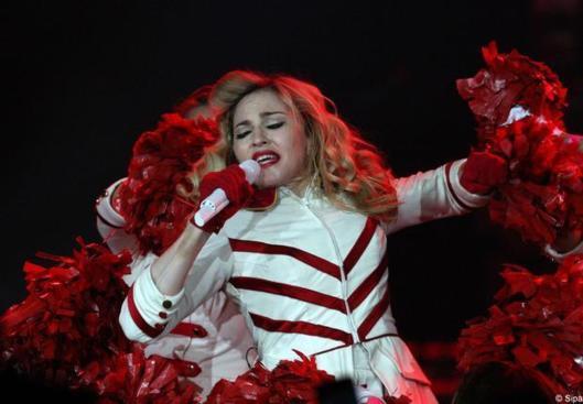 Une ONG russe porte plainte contre Madonna