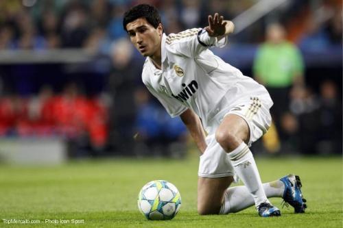 Real Madrid: Sahin et Mourinho en désaccord!