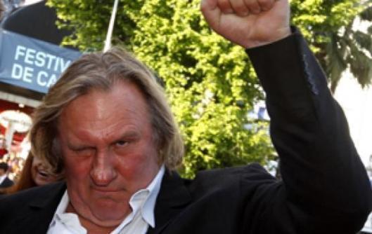 Gérard Depardieu Frappe Un Automobiliste Et S'explique « parce Que J'ai Eu Très Peur »