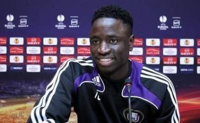 """Cheikhou Kouyaté: """"Qu'on me laisse tranquille, je reste à Anderlecht"""""""