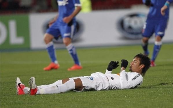 L'incroyable penalty raté par Neymar !
