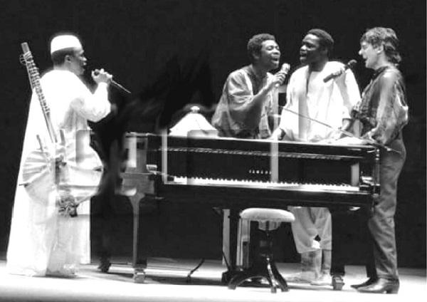 Souvenir, souvenir…, le premier Bercy de Youssou Ndour en compagnie de Mory Kanté