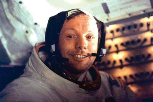 Neil Armstrong: «Un des plus grands héros américains»