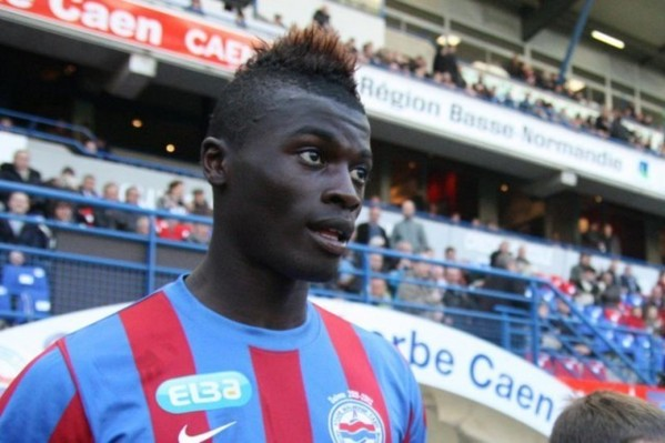 Mbaye Niang arrive au Milan AC