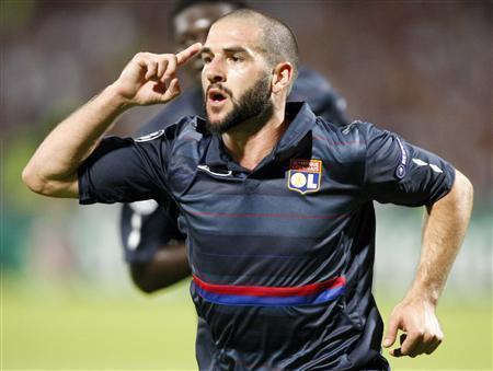 Fiorentina : Lisandro Lopez après Berbatov ?