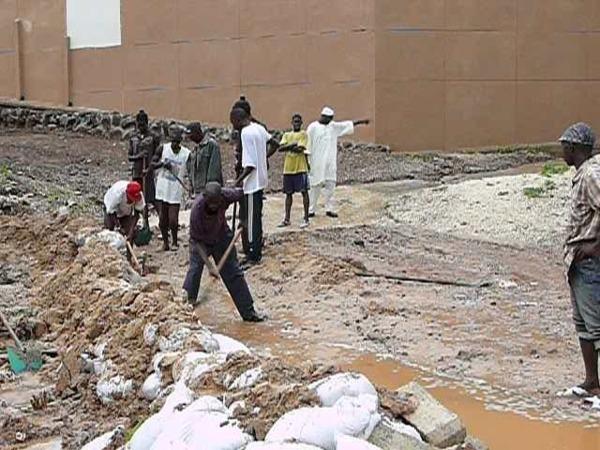 Mohamed Guèye appelle au secours