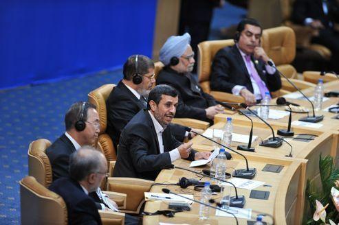 Nucléaire : l'AIEA accable à nouveau l'Iran
