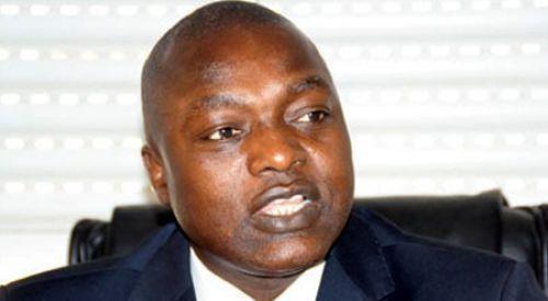 Le ministre Omar Guèye offre plus de 5 millions