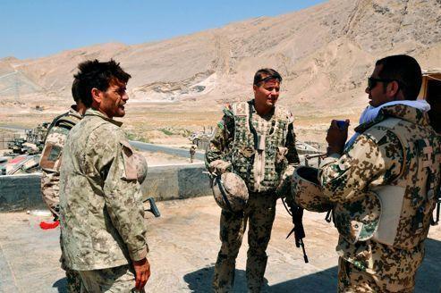La formation de soldats afghans suspendue