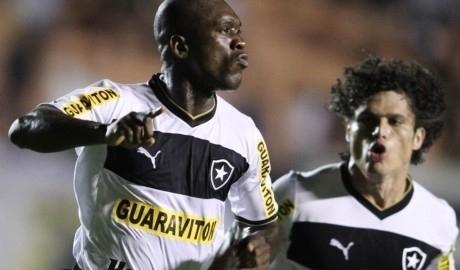 Clarence Seedorf cartonne au Brésil !