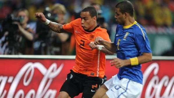 Pourquoi Grégory Van Der Wiel a rejoint le PSG