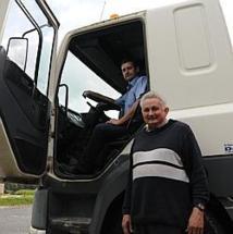 Ils vont parcourir 7 000 km en camion jusqu'à Dakar pour une action humanitaire !