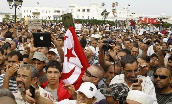 La Tunisie attend sa Constitution