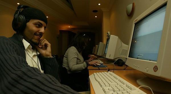 En Algérie, l'Internet est encore à l'âge de pierre